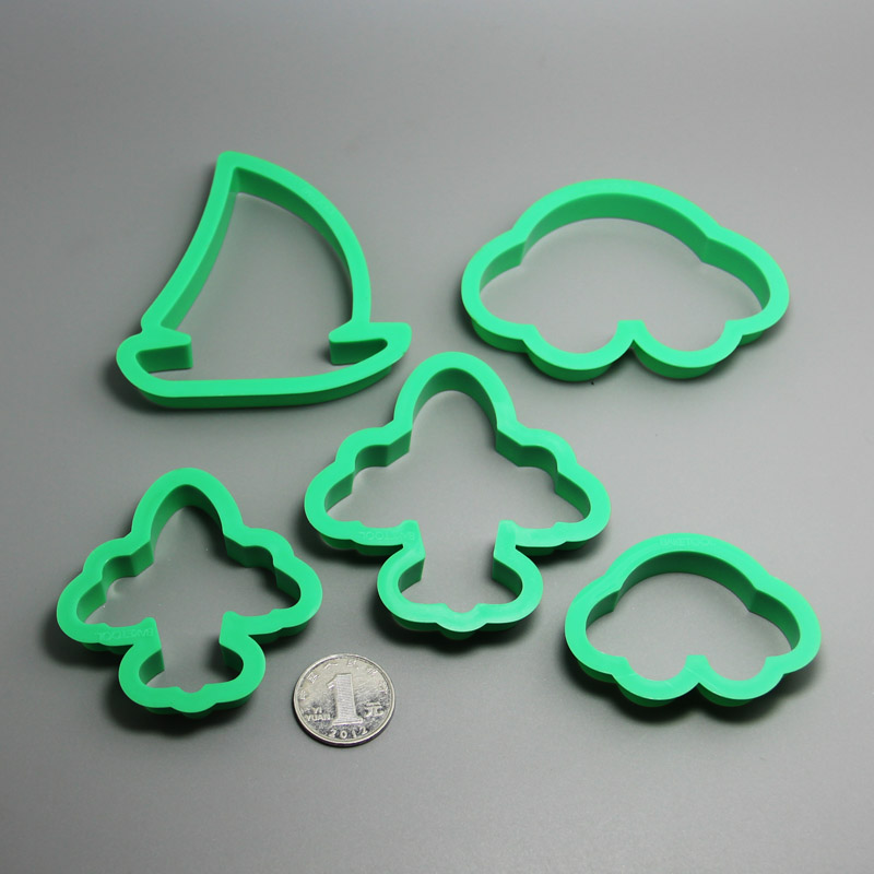 HB0197   Plastic 5pcs Vehicle shape cookie cutter set