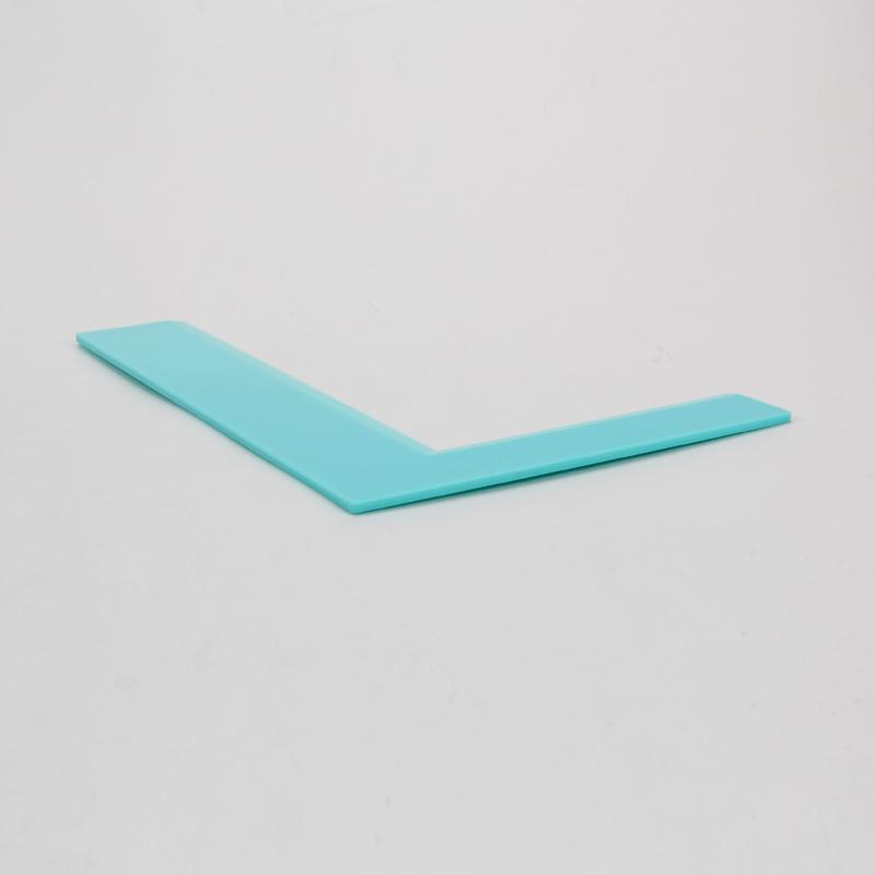 HB0266A Plastic Right-angle Cake Scraper