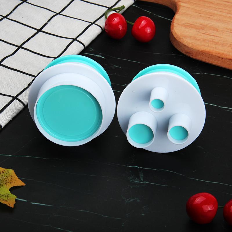 HB0310J 2pcs Plastic Round Shape Cutout Cookie Stamps/Molds set