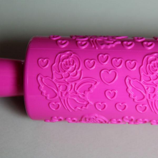 HB0481  Plastic Rose Flower Pattern Cake Fondant Rolling Pin