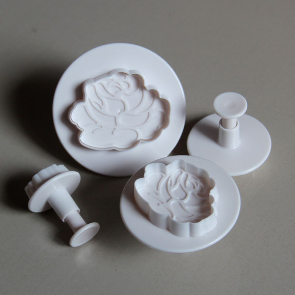 HB0513  Plastic Hot Rose Plunger Cookie Cutter Set chocolate mold