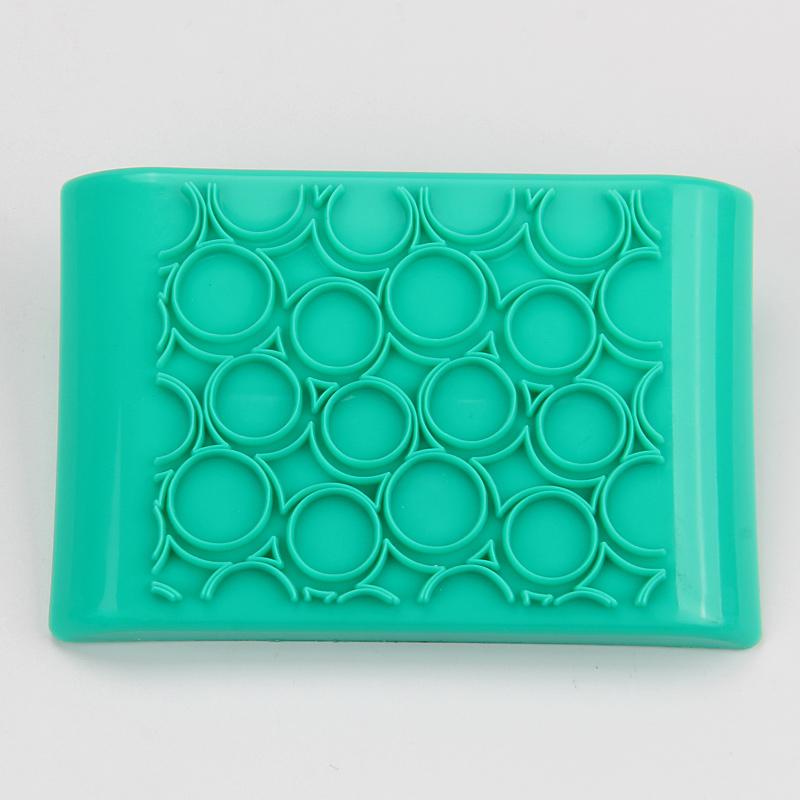 HB1091 New Plastic round shape press cake ice fondant mold