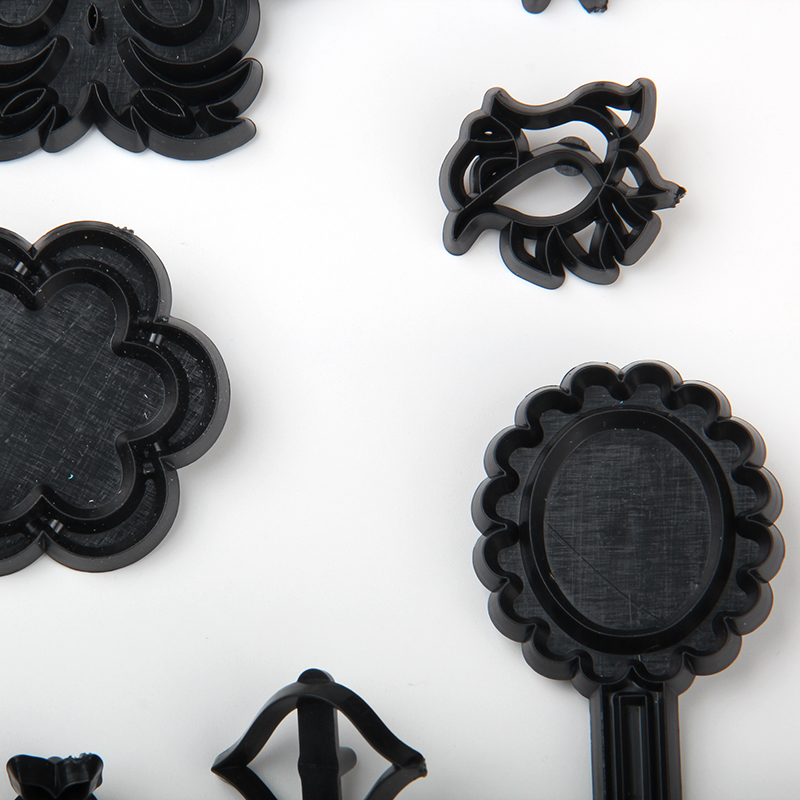 HB1099E Plastic 12pcs Mashing Edge Designs Theme Shape Cake Fondant Press Cookie Cutters Decoration Molds set