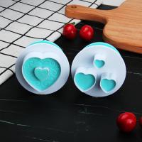 HB0310M 2pcs Plastic Heart Shape Cutout Cookie Stamps/Molds set