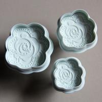 HB0473 Plastic 3pcs Hot Rose Plunger Cake Fondant Mold set