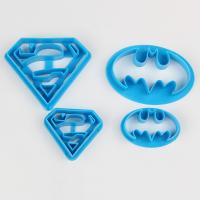 HB0953D Plastic Superman Theme Cookie Cutters set