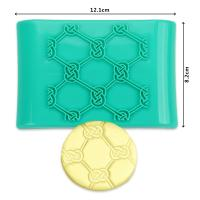 2017 New Plastic flower shape press ice cake fondant mold